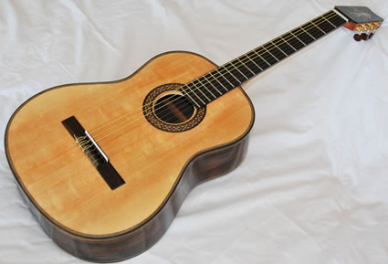 425_Ziricote_Ziricote_Sonic_Sitka_Classical_Guitar-Guitar-Luthier-LuthierDB-Image-5